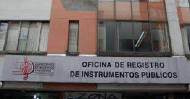 Certificado de instrumentos públicos11